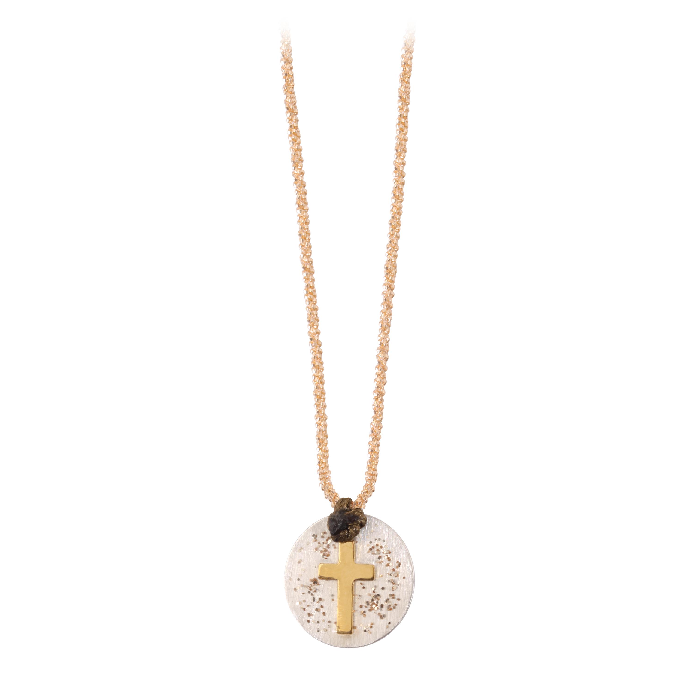 collier avec médaille croix