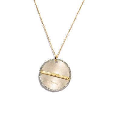 Collier médaille et fil d'or